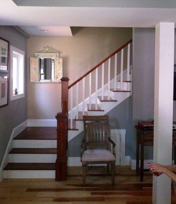 Gaslight House - Entrance