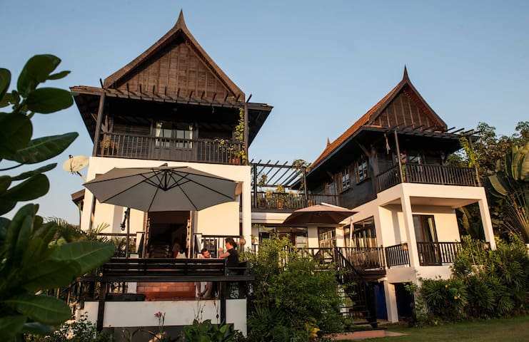 Large Family House and Garden - Ko Mak - Huis