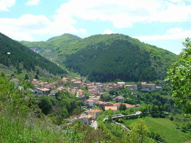 Apartment in the Park of Abruzzo - San Sebastiano - Apartamento