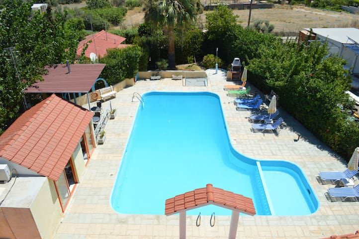 Villa Sofia is located 350 metres f - Rhodos - Appartement