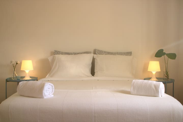 bedroom n4 | quarto 4