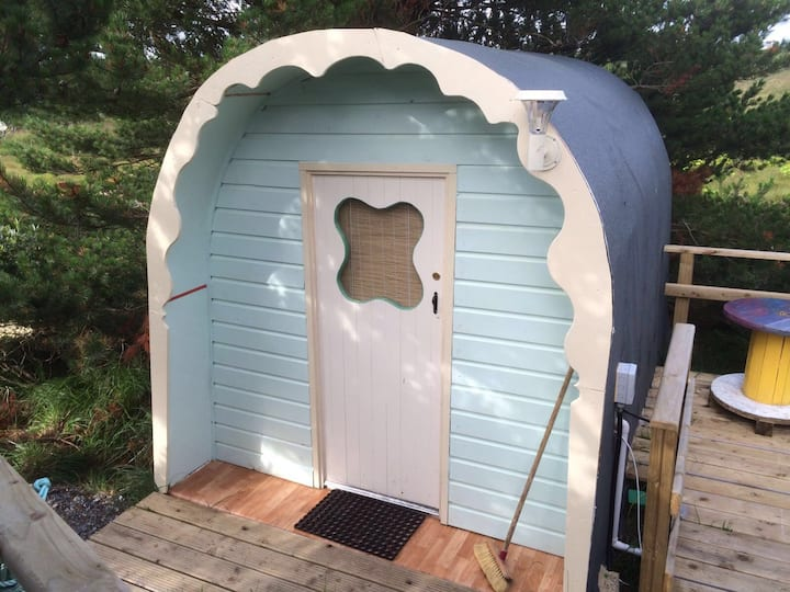 Glamping Experience in Cosy Donegal Pod