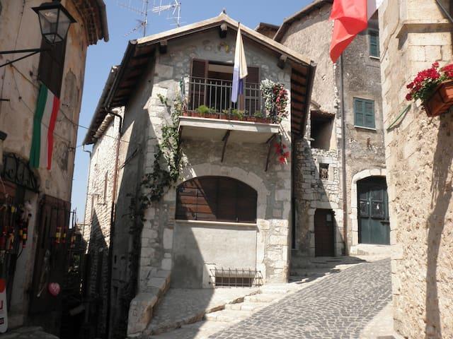 Il Nido: Romantica casa a Sermoneta