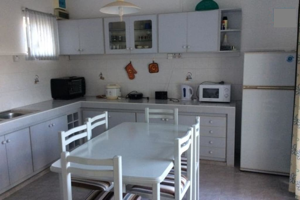 spacious and fully furnished kitchen
