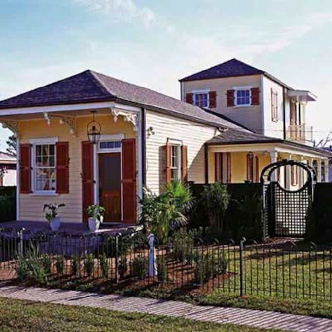 historic new orleans home with river view houses for