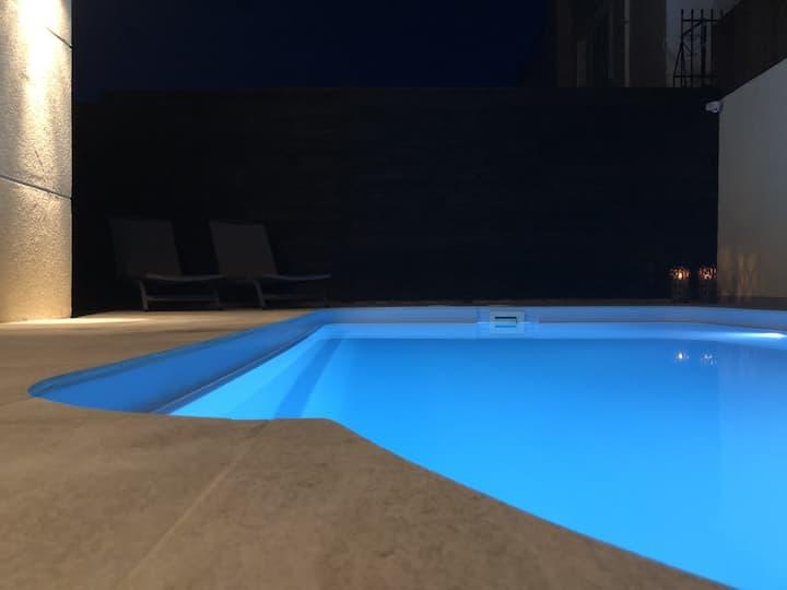 Villa Lagonissi 175m2
