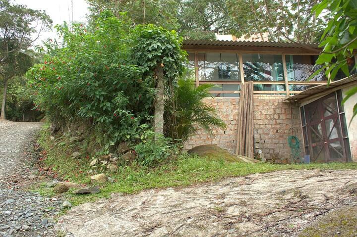 Casa em Meio à Natureza - Bombinhas