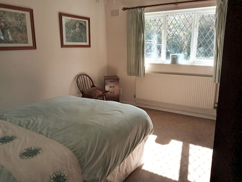 Self contained  Annexe in Rural Wixford