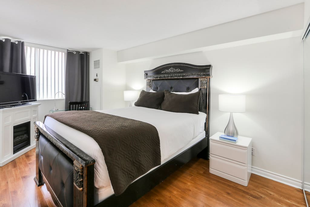 Master Bedroom with a top of the line Simmons Beautyrest queen size bed.