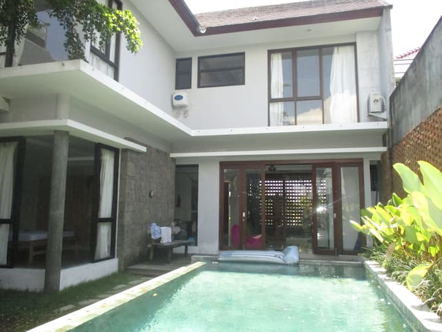 Stylish Villa Close to Surf Beaches - Mengwi - Villa