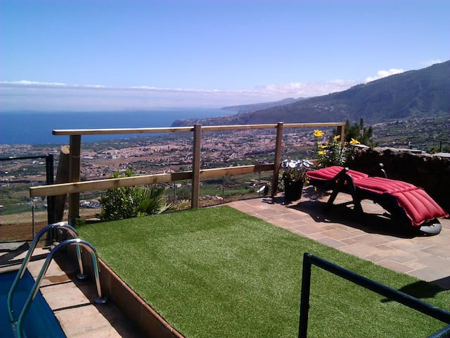 Cottage with pool, terrace and garden in Tenerife - La Orotava - Nature lodge