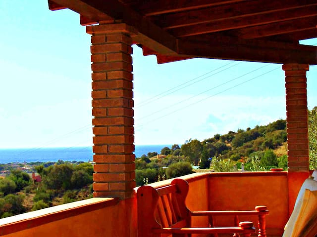 Wonderful house with sea view - Solanas