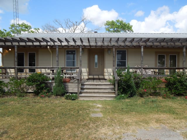 3 BD Ranch House College Station - Navasota - Huis