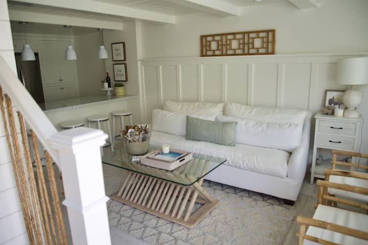 Exquisite Carpinteria Beach Cottage