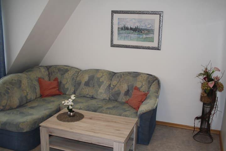 Pension Allebrodt, (Lennestadt), Ferienwohnung Blumenstein, 35qm, 1 Schlafzimmer, max. 2 Personen