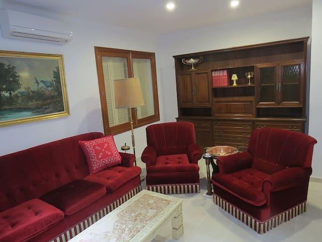 Einzelzimmer inklusive Aktivitäten - Sencelles - Maison