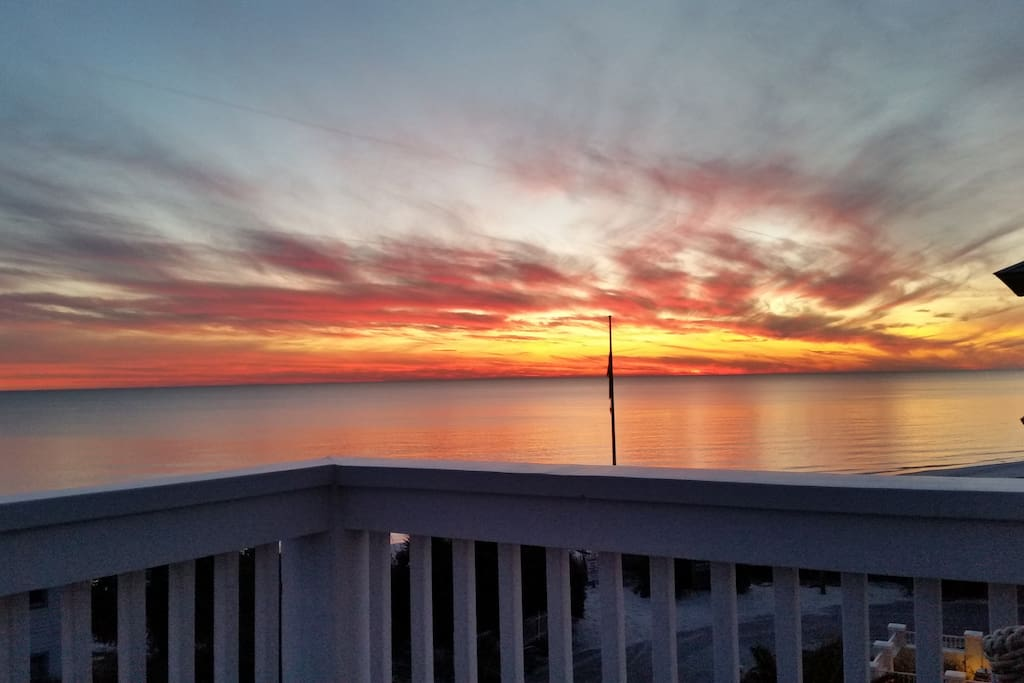 Gorgeous sunsets from all decks