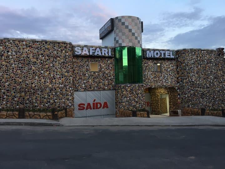 Hotel manaus Safari Motel suítes luxo e com hidro.