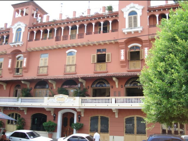 Beautiful apartment in the heart of Casco Antiguo