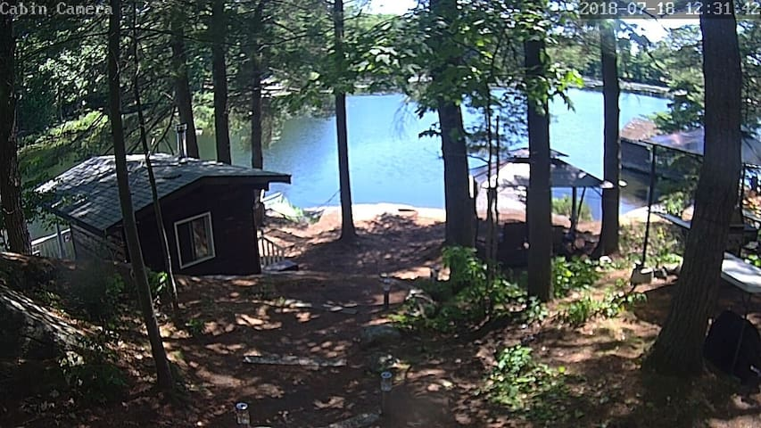 2 acres private Lakefront Cottage in parry sound S