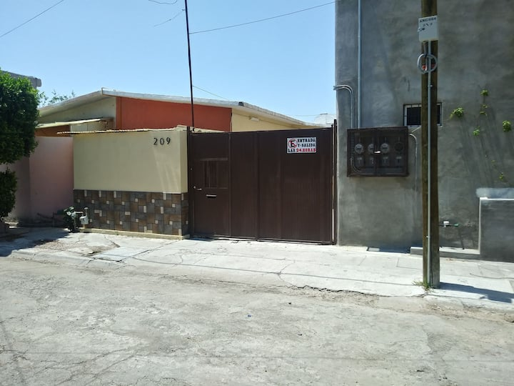 !Super Handy house in Torreón!