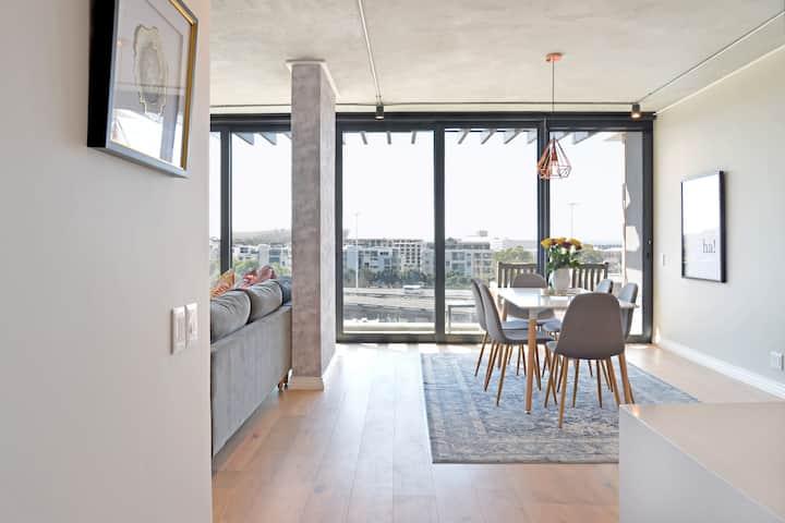 De Waterkant Designer Penthouse, ocean views!