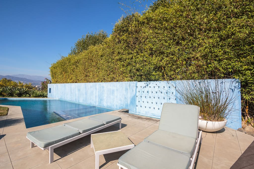 in-pool spa, fountains, pool... lounge and swim in total privacy with view of the mountains