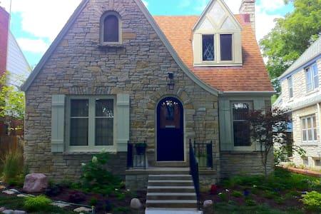 Yellow BD, Kitchenette & Bath - Milwaukee
