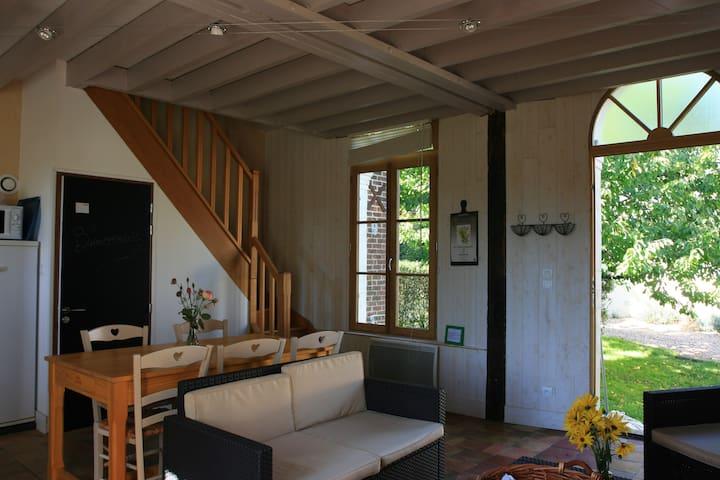 Maison de campagne ,beau panorama - Jupilles - Rumah