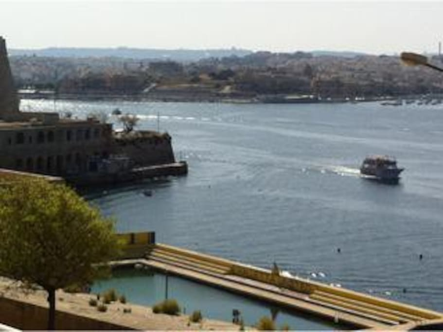 Breathtaking views of the historical Marsamxetto Harbour