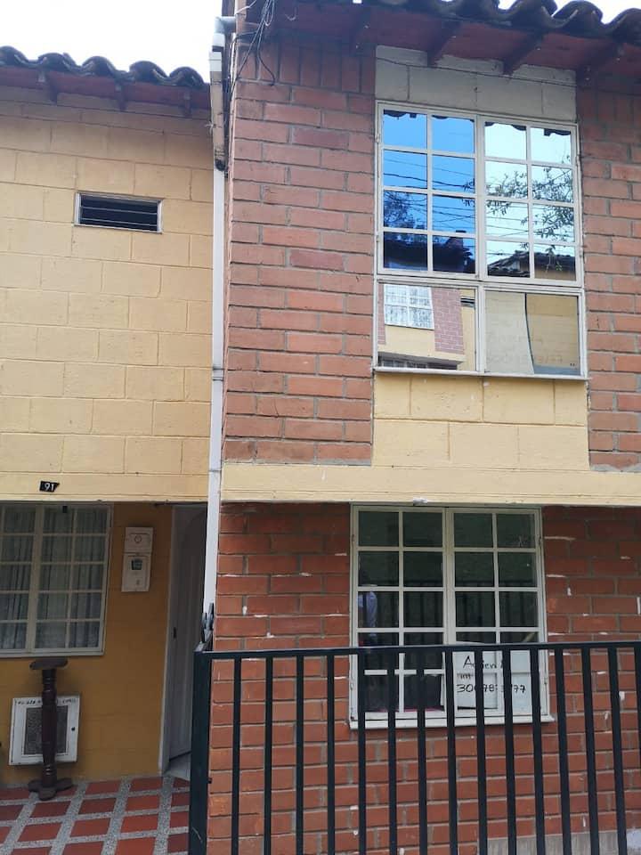 Apartaestudio en zona campestre de Bello, Ant.