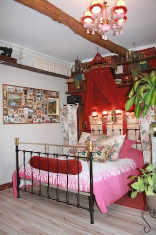 Chambre d'Hôtes double Ritourn'Elle - Gignac - Bed & Breakfast