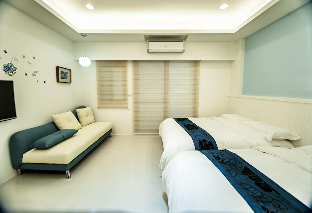 藍色雅醇四人房:優雅質感的地中海家庭房