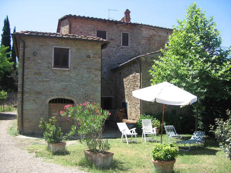 Casale flavia in tuscany houses for rent in castiglion for Rent a house in tuscany