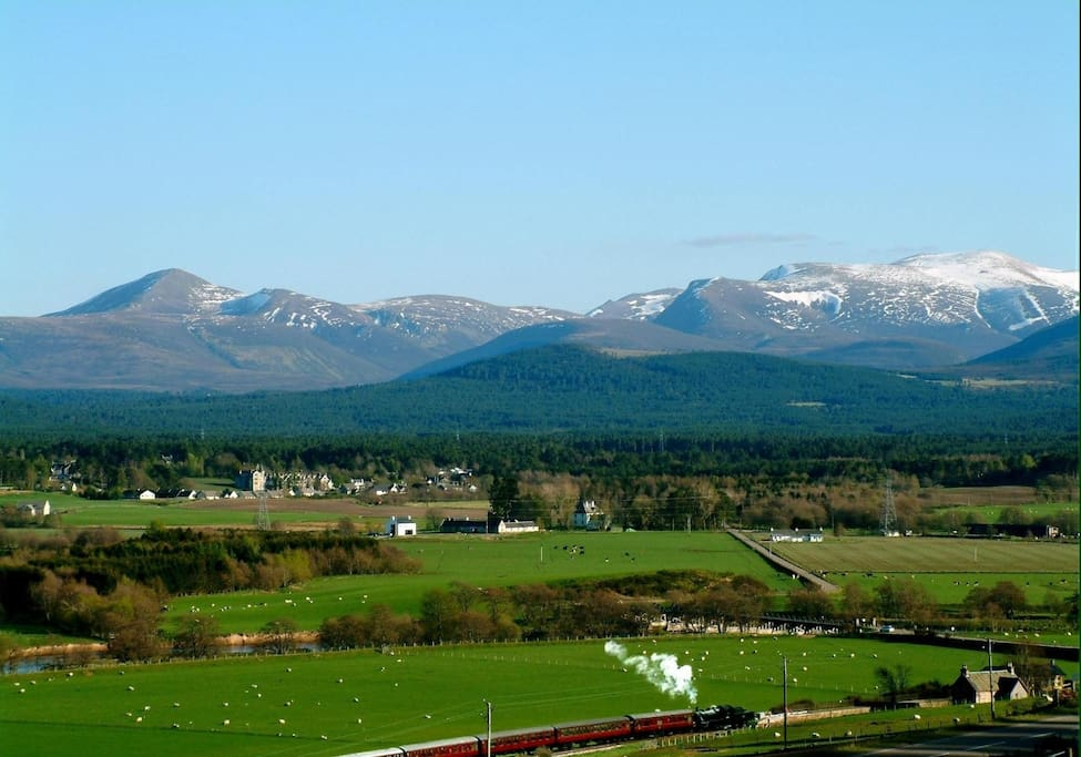 Strathspey; Steam Train; Cairngorms