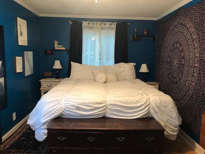 Arcadia Rd Private Suite