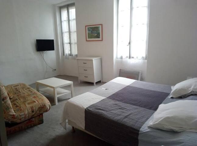chambre en centre ville - Pertuis - Boetiekhotel
