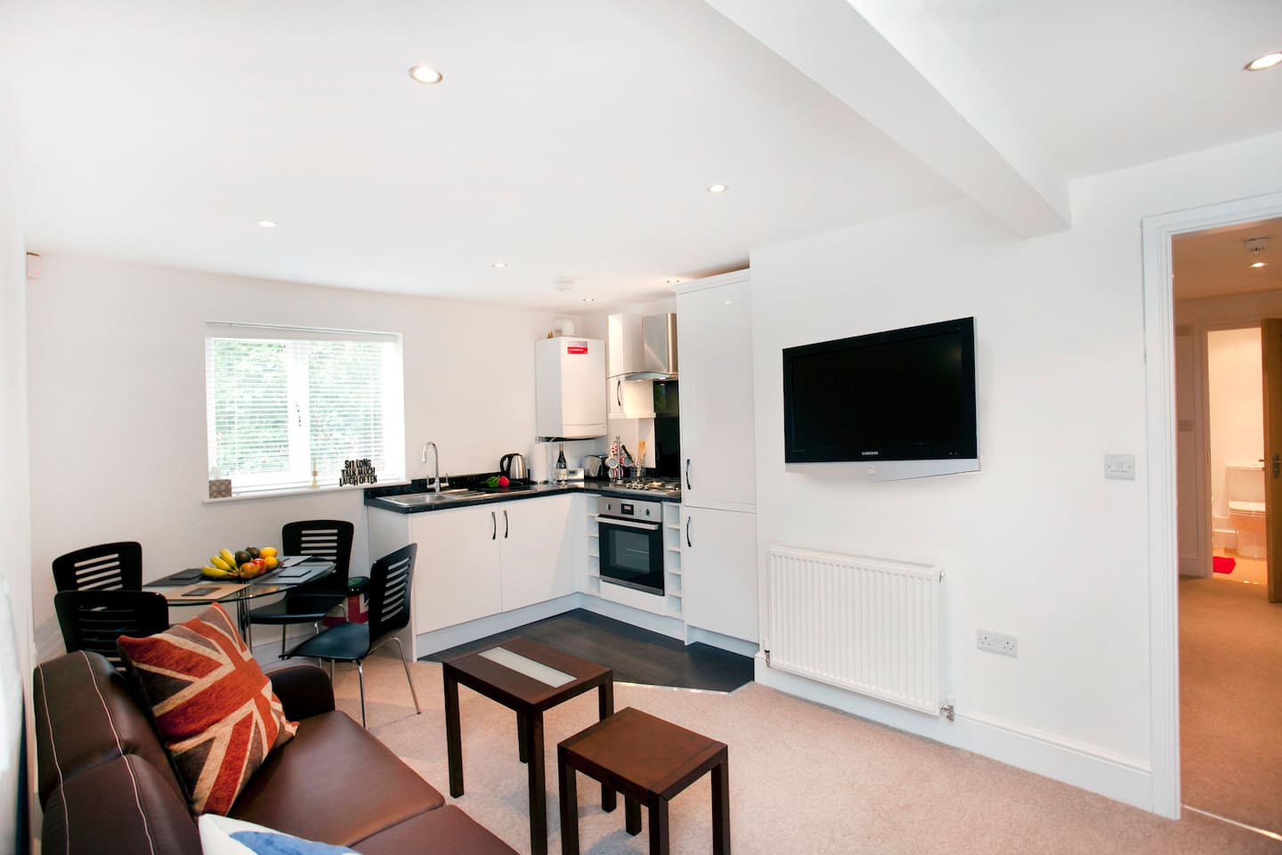 Garden View 2 Bed Apartment - Serviced apartments for Rent in West ...