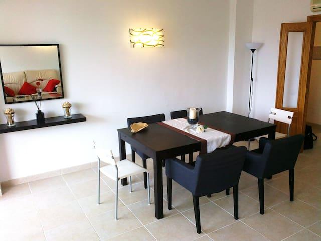 Large three-bedroom apartment - Calvià - Lägenhet