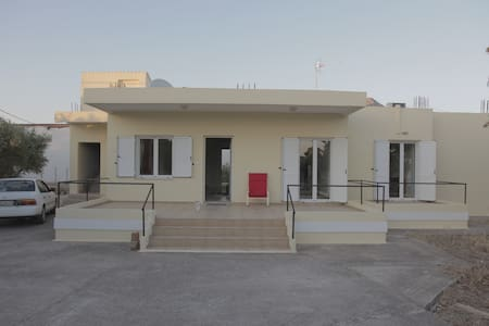 house for rent in stavros chania