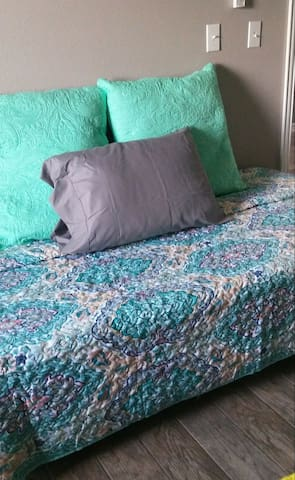 Extra Memory foam twin bed