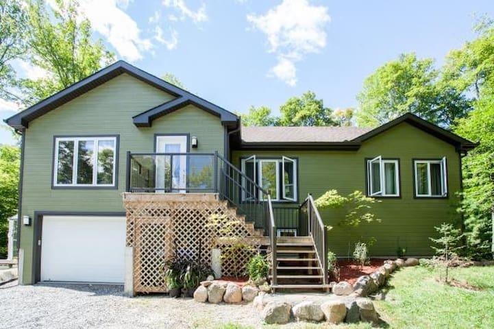 Maison en forêt - bien située - près de Ottawa - - Gatineau