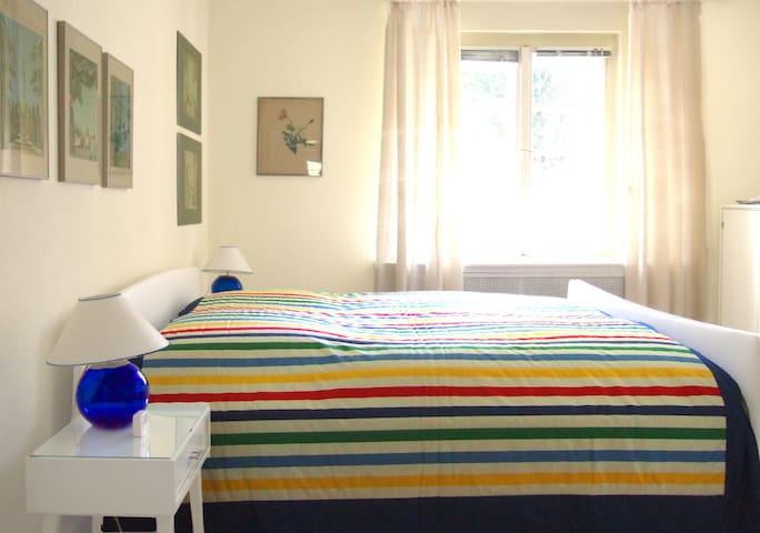 Schönes, sonniges Zimmer, messe-nah