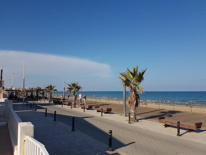 Ocean Front. La Mata Beach-Torrevieja (ALICANTE).