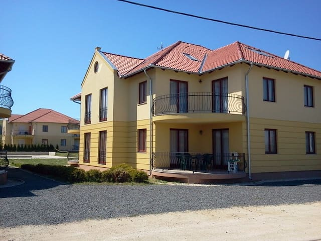 Apartments in Kehidakustany - Kehidakustány - 公寓