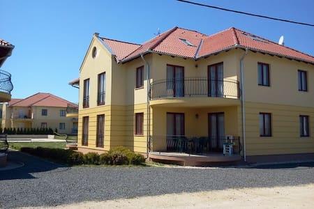 Apartments in Kehidakustany - Kehidakustány - Byt