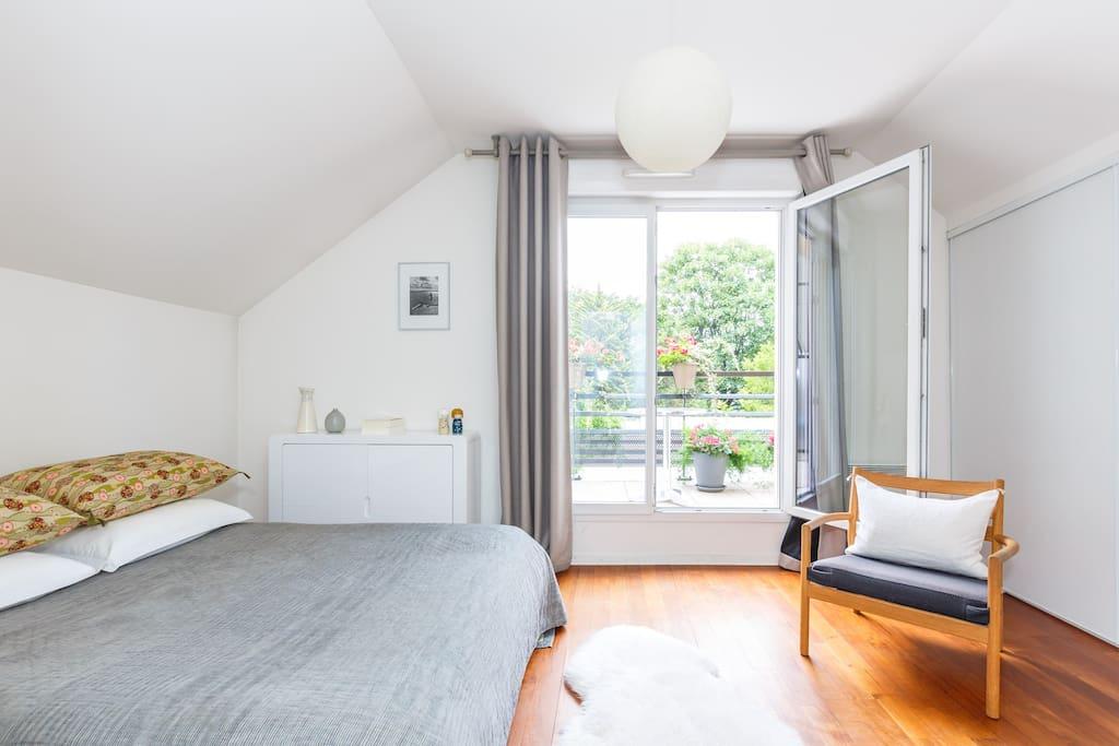 house maison familiale paris puces flea market maisons louer saint ouen le de france france. Black Bedroom Furniture Sets. Home Design Ideas