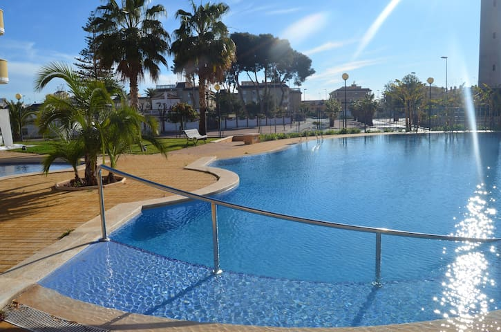 Beautiful, modern seaside apartment - Canet d'en Berenguer - Huoneisto