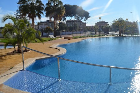 Beautiful, modern seaside apartment - Canet d'en Berenguer