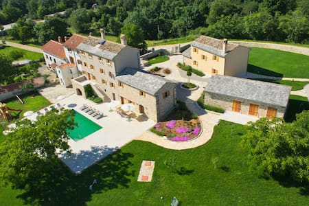 Luxury Villa Poropati with large pool, Groznjan - Koper